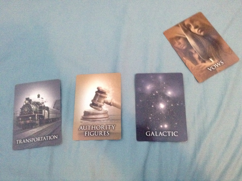 Past Life Oracle Cards: I asked for an entertaining spread (1/2)