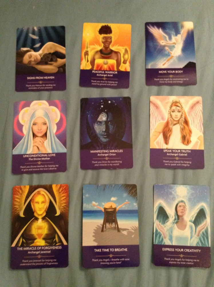 Past Life Oracle Cards: I asked for an entertaining spread (2/2)